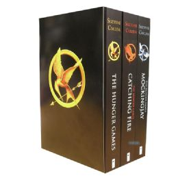 review the hunger games series by suzanne collins sam van zweden the first book the hunger games